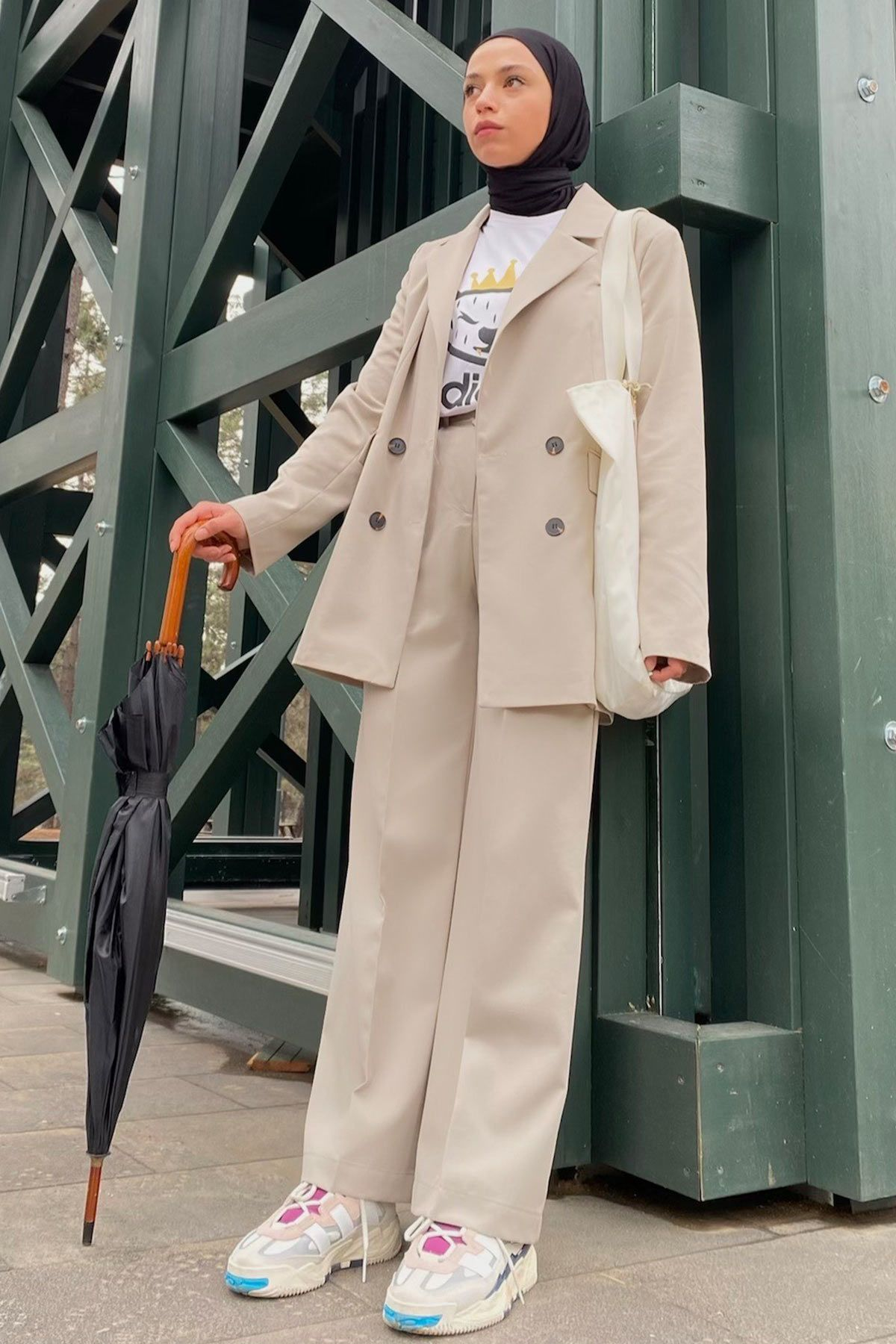 Rümeysa'nın Blazer Ceket Kombini