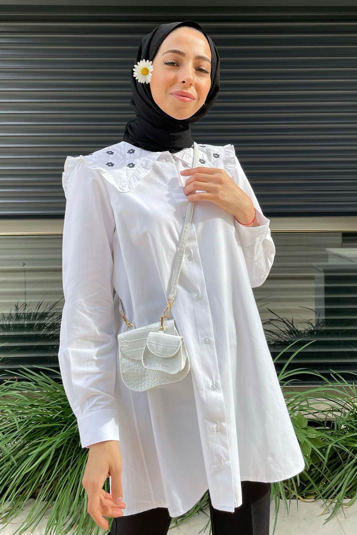 Rabia'nın Çiçek Nakışlı Gömlek Kombini