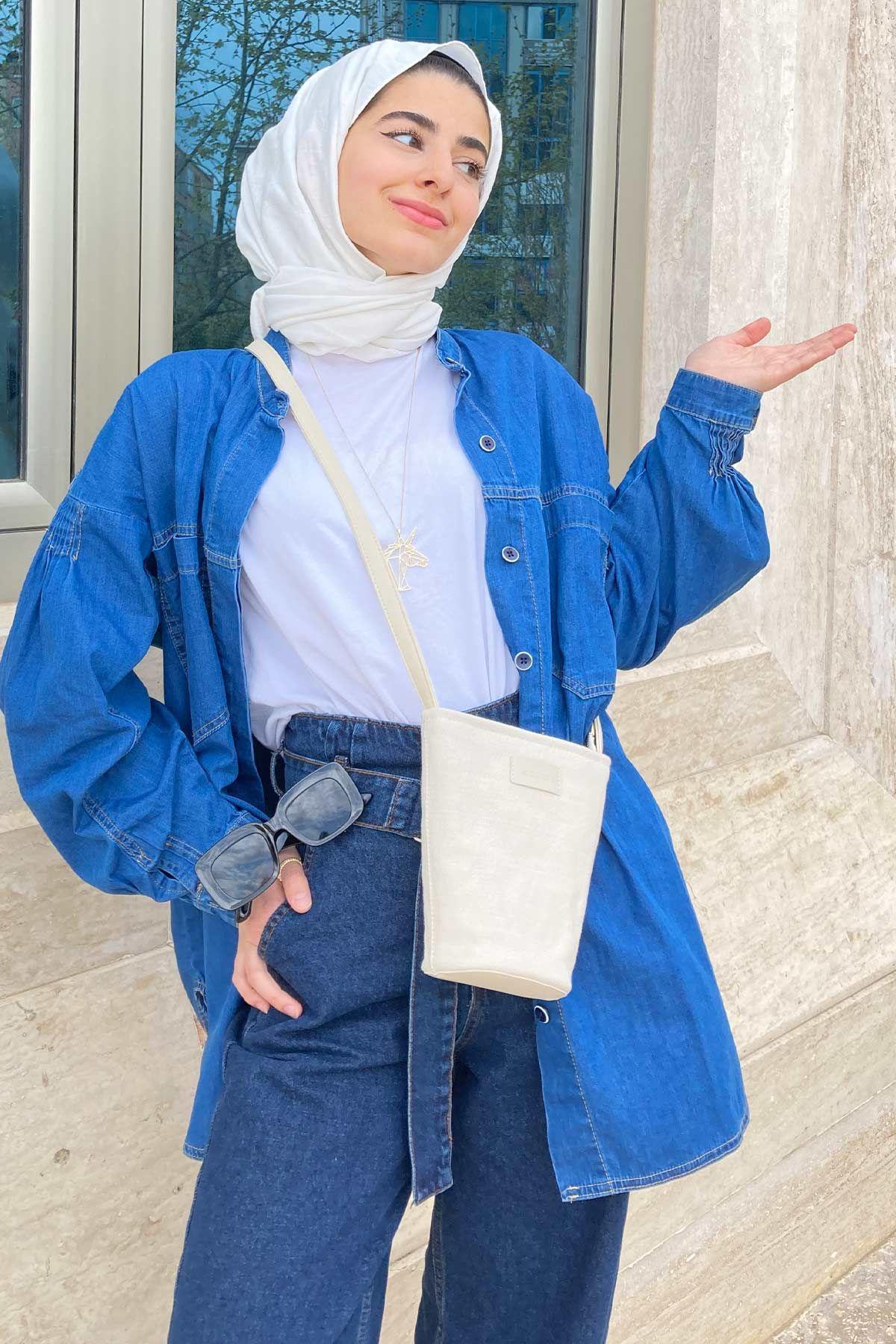 Zeynep'in Balon Kol Denim Gömlek Kombini