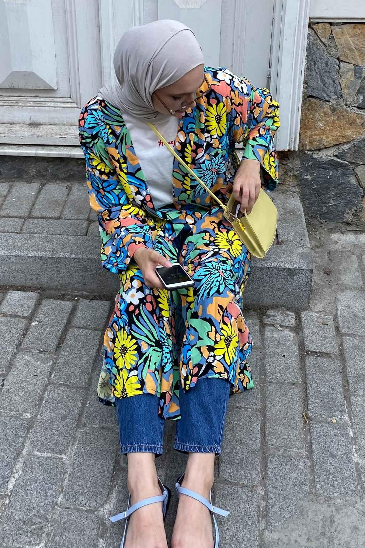 Nurevsan'ın Sunshine Kimono Kombini
