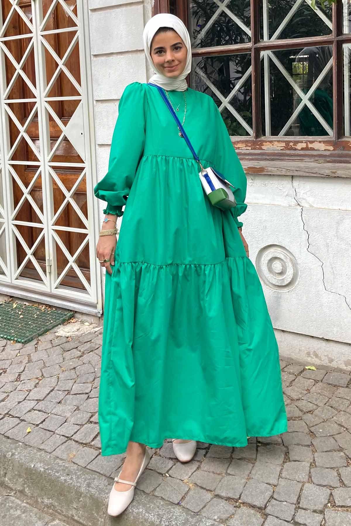 Zeynep'in Roomy Elbise Kombini